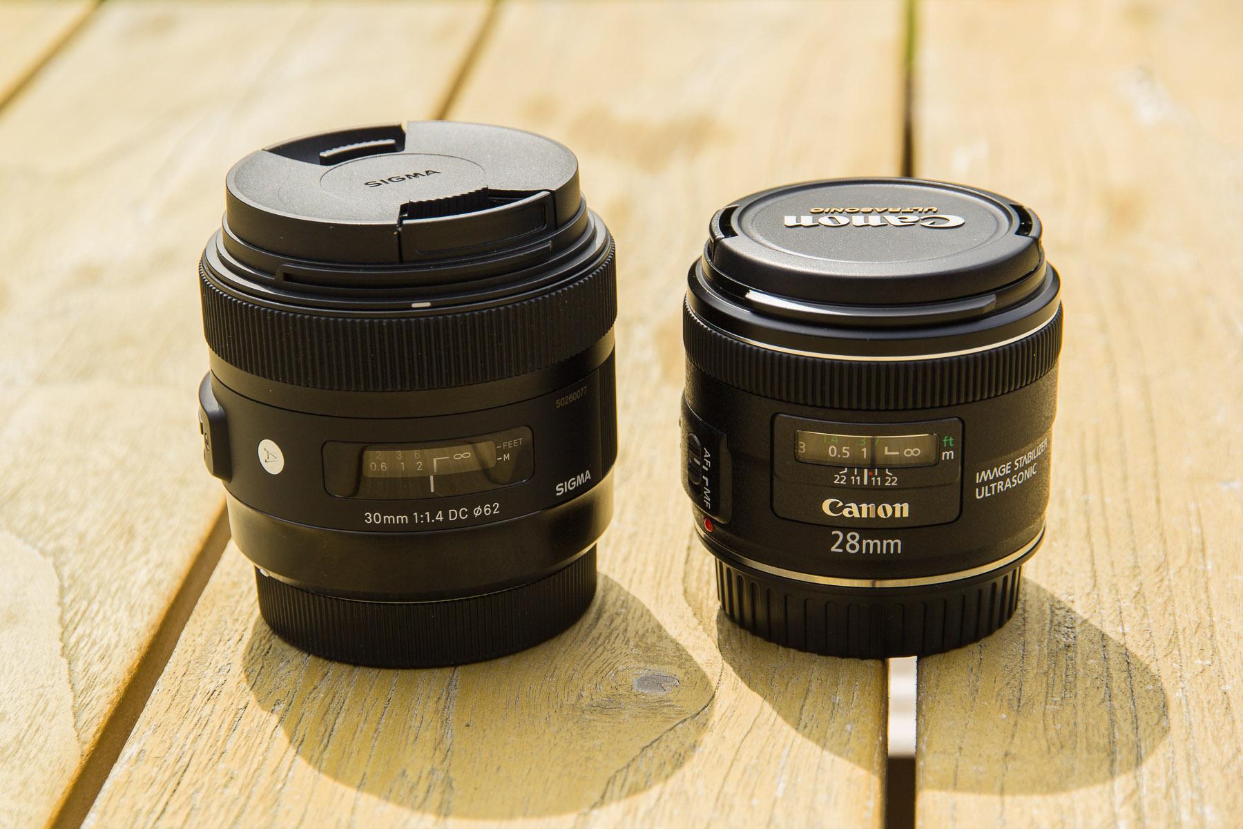 Sigma 30mm f/1.4 und Canon 28mm f/2.8 IS im Größenvergleich